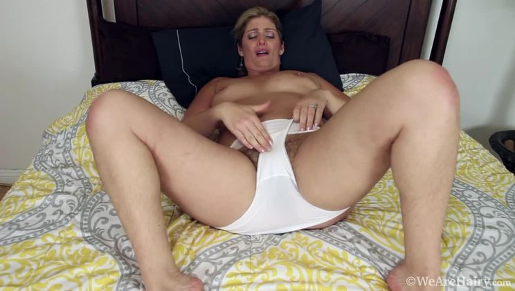 Alicia Silver masturbates with her new toy