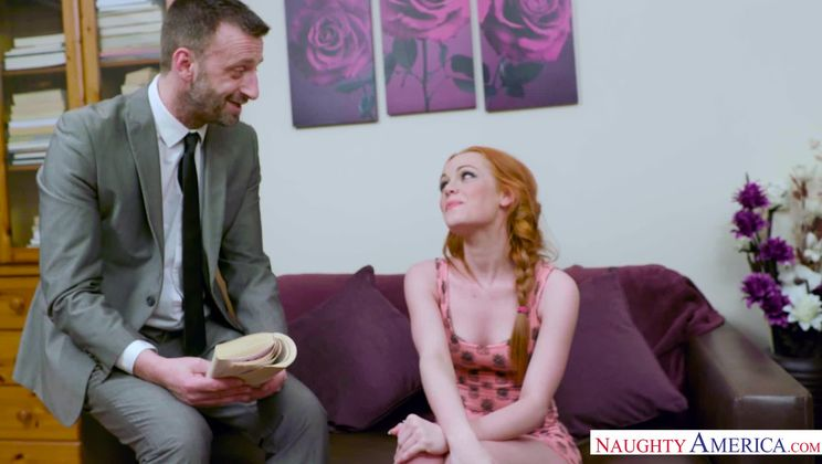 Ella Hughes,Pascal White Naughty Bookworms